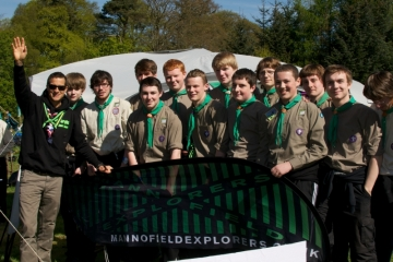 Bear Grylls with Aberdeen's Mannofield Explorers.