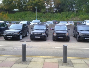 Trump Entourage Vehicles. Note the registration numbers. Something ironic about one of them ending in CPO? (click to enlarge)
