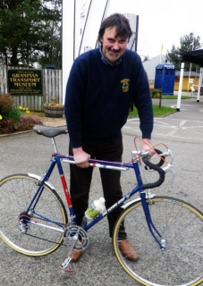 gtm_curator_with_new_bicycle_07