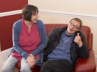 l-r-support-worker-helen-dunn-and-service-user-richard-whyte2