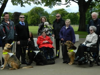 guide-dog-group-and-anne-begg-105
