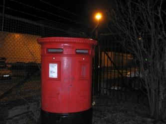 red-post-box_edited-1pic