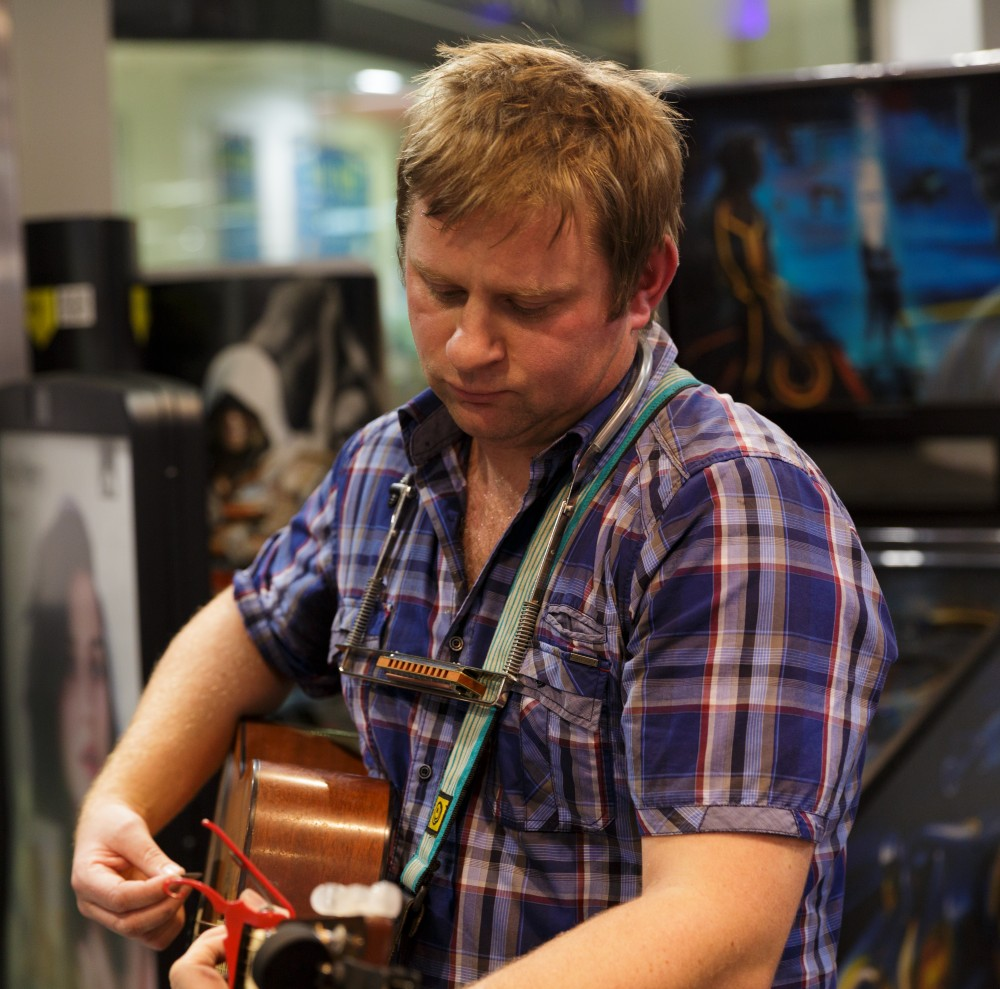Colin Clyne at HMV - Pic by Julie Thompson