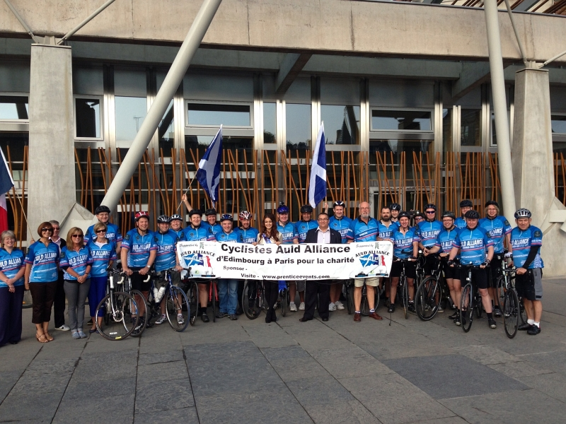 Cyclistes Auld Alliance with Christian Allard French born MSP