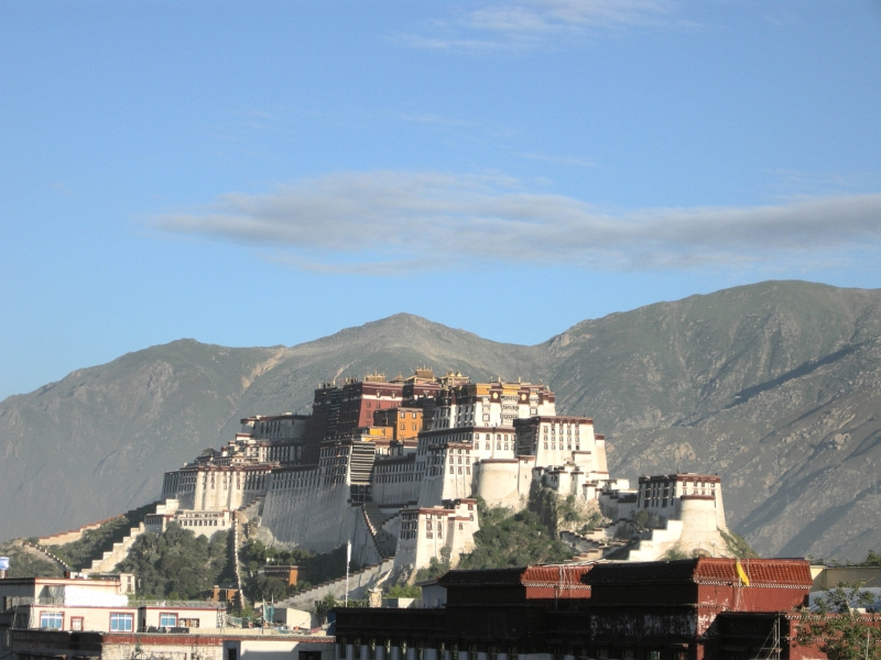 Potala Palace by Duncan Harley
