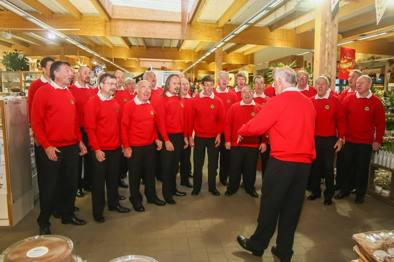 Granite City Chorus at Dobbies Nov 13