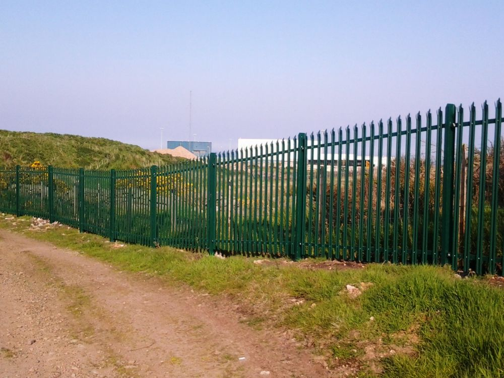 some-of-the-fencing-ereced-c-oct-11-which-we-could-not-affford-and-which-ruins-any-views-2