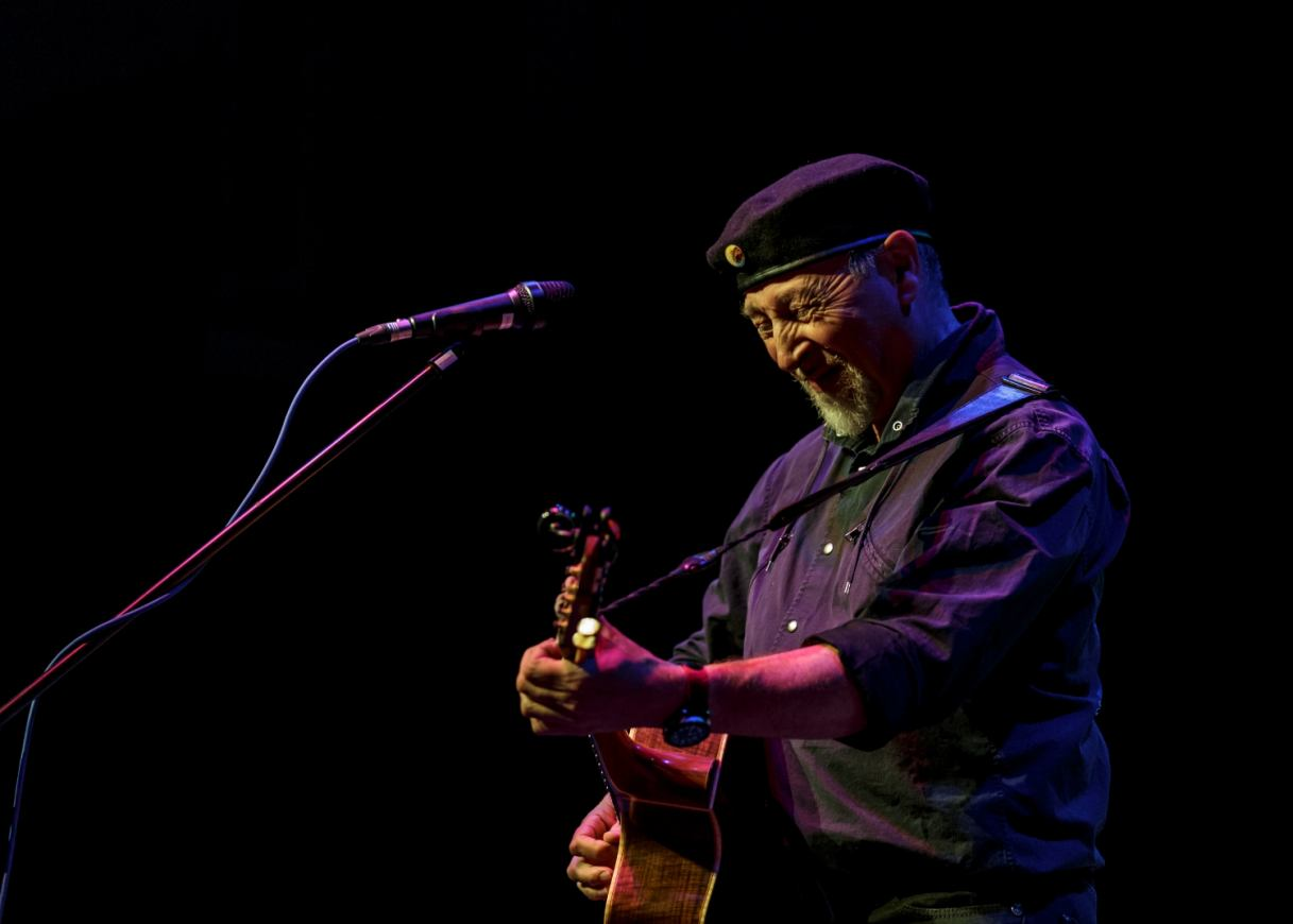 Richard Thompson by Julie Thompson (4)