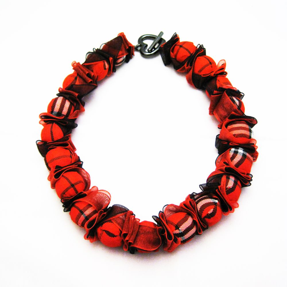 willows auction necklace by Alex Penter of Bead Pop