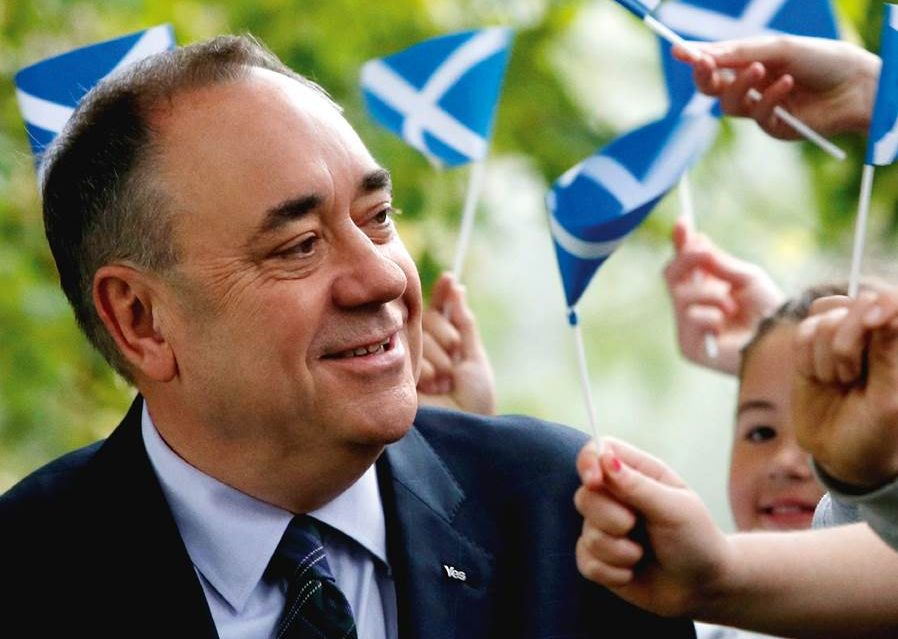 Alex Salmond head and shoulders2