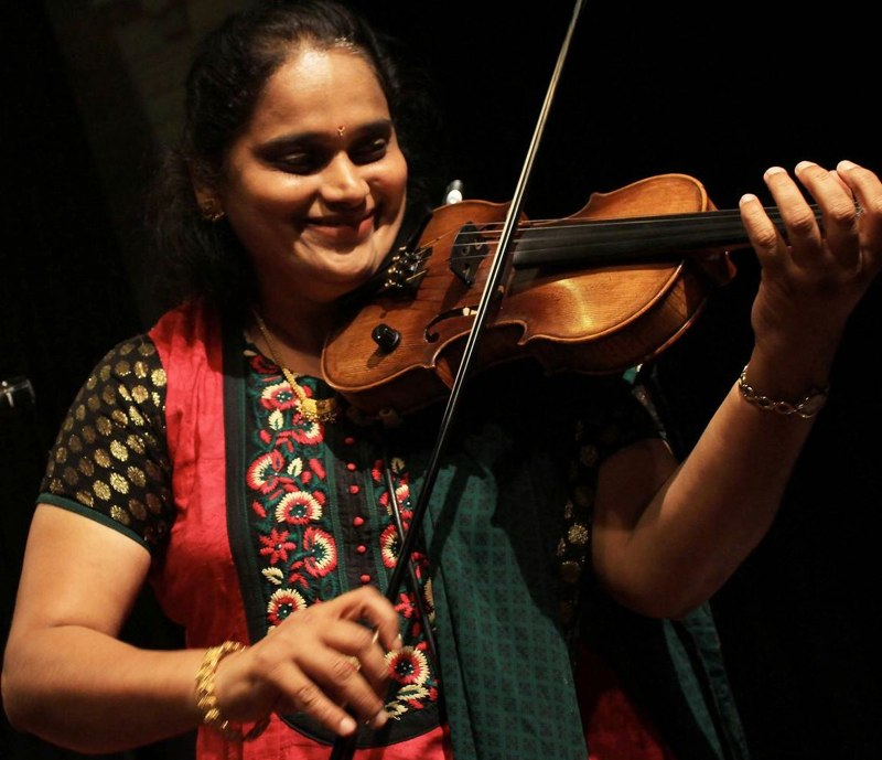 LIAF launch-Jyotsna playing4_12Jul12