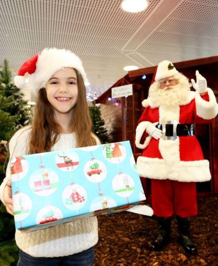 Santa Claus Arrives In Aberdeen