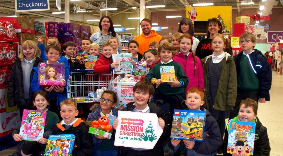 Primary 4-5 of Westhill Primary School at Tesco Westhill