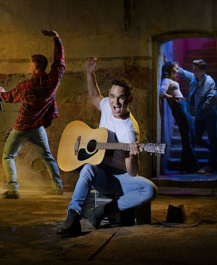 Footloose - The Musical At HMT: Duncan Harley Reviews