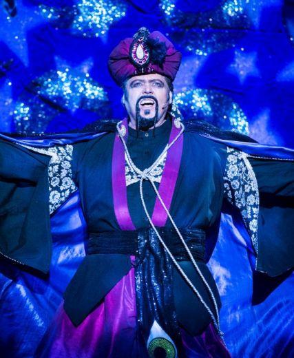 Aladdin @ HMT – Duncan Harley Reviews