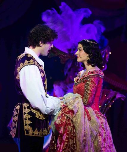 Snow White And The Seven Dwarfs @ HMT –  Duncan Harley Reviews